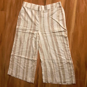 Chicos Tan And White Striped Elastic Waist
